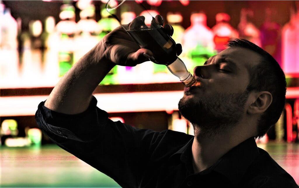 Алкогольный психоз. Симптомы и лечение (14)