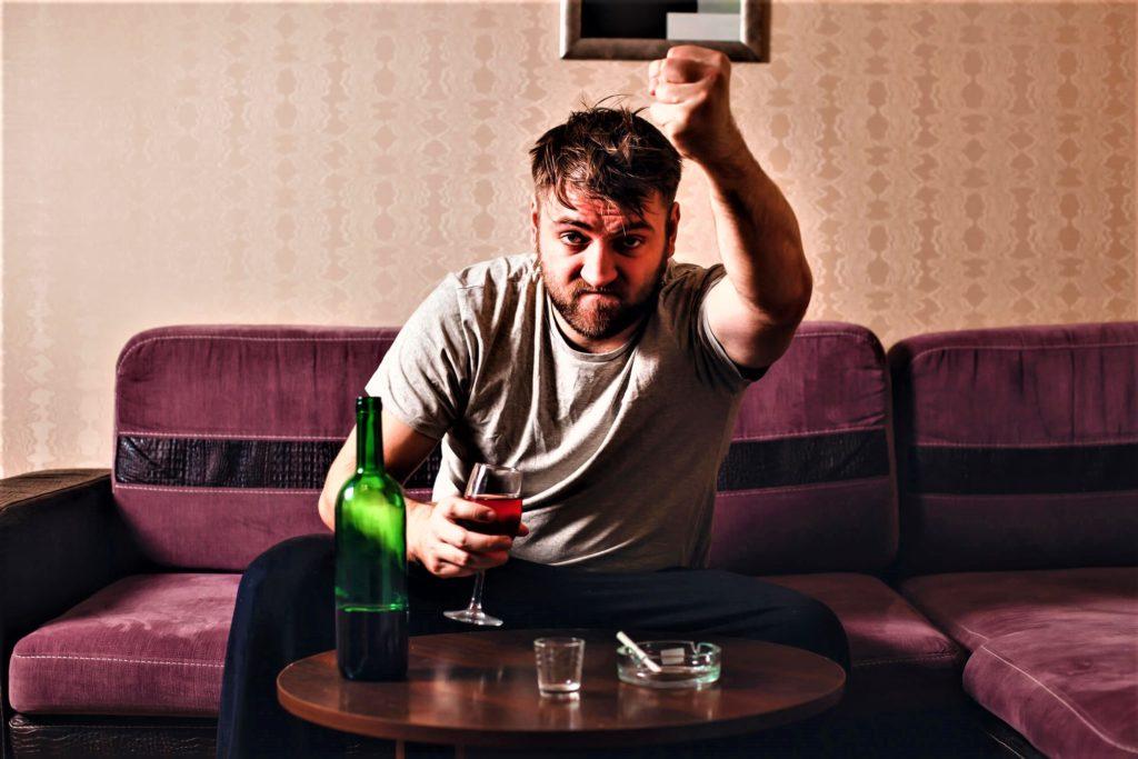 Алкогольный психоз. Симптомы и лечение (20)