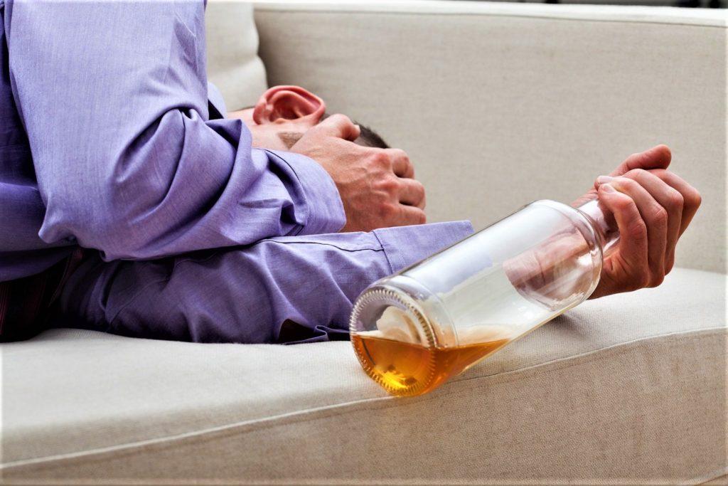 Алкогольный психоз. Симптомы и лечение (4)