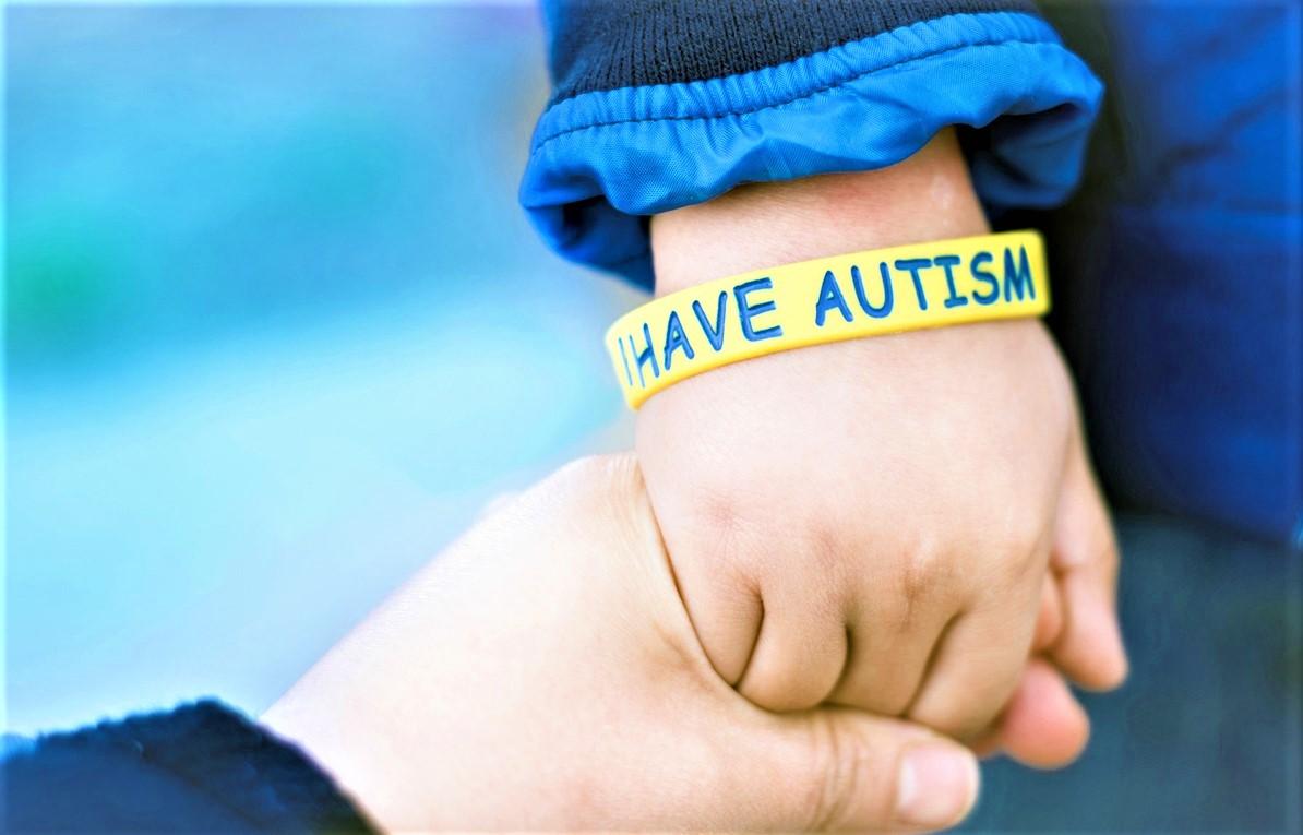Расстройство аутистического спектра (9)
