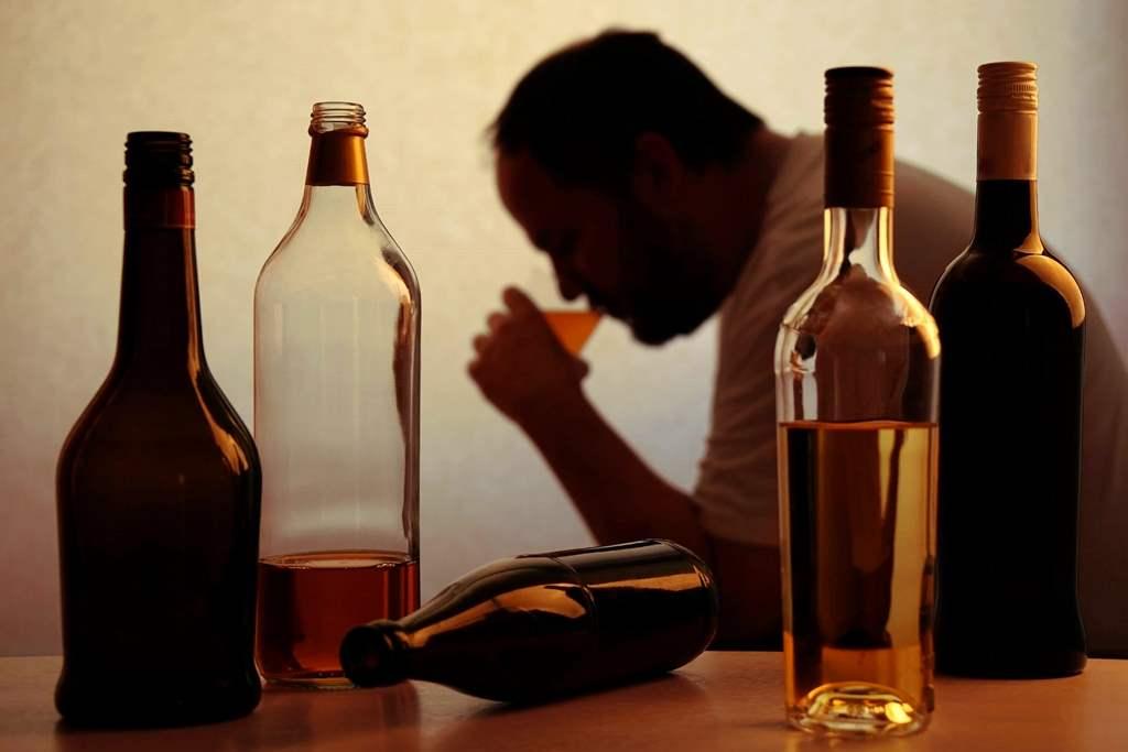 Различие наркомании и алкоголизма