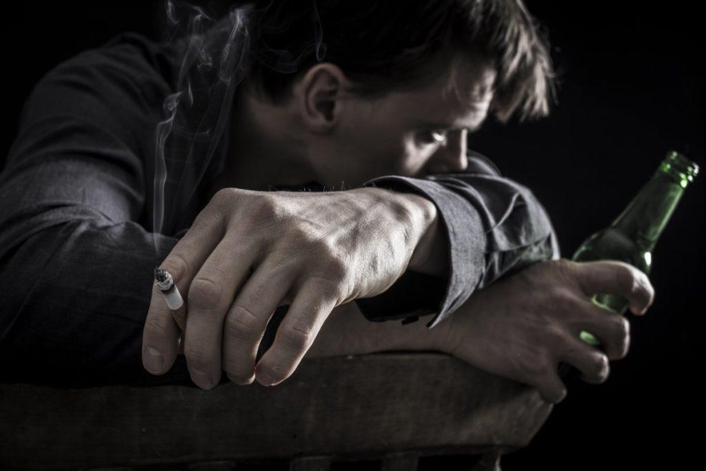 Алкогольная депрессия: есть ли выход из замкнутого круга