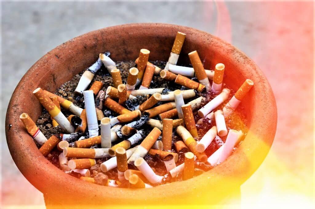 Зависимостью от курения