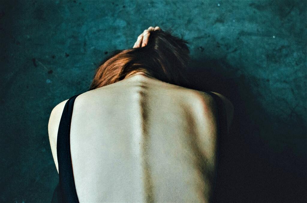Мания преследования: как помочь близкому от нее избавиться