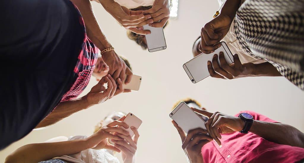 Номофобия или зависимость от телефона